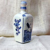 Unique square shaped Delft Blue Decanter with lighthouse and whale fishing scenes