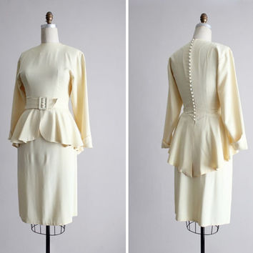 1940s suit / peplum suit / fit & flare suit