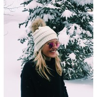 Deer Valley Beanie - Ivory