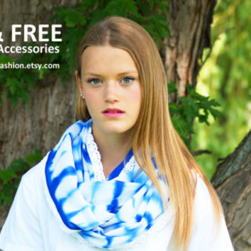 Infinity Scarf, Womens fashion Accessories, Boho Scarves, Scarfs for Women, Accessories for women, Blue and white Scarf with lace accent