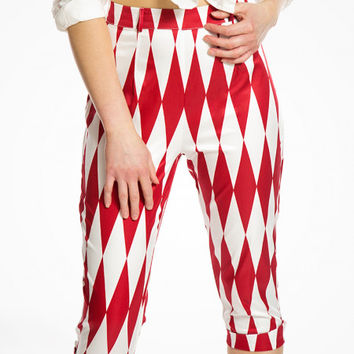Kendra Red Harlequin Capri Trousers | Vintage Inspired Fashion | Lindy Bop