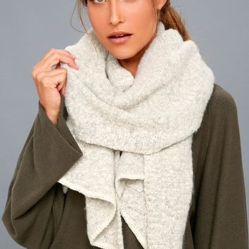 Cute 'n' Cozy Heather Grey Scarf