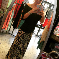 Candle Maxi Skirt: Black