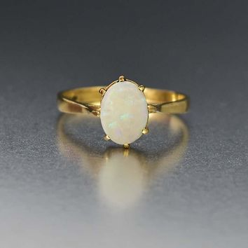 Classic Vintage Gold and Opal Solitaire Ring