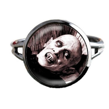 Nosferatu Coffin Ring - Classic Horror Movie Jewelry