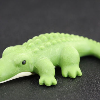 Green and White Crocodile Eraser