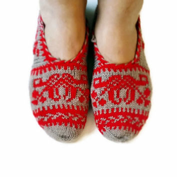 Red and Beige Hand knit women house slipper, Traditional Turkish Design, Home Slippers, Womens crochet shoe
