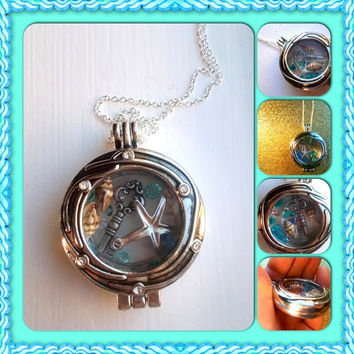 Under the sea! Floating locket necklace!