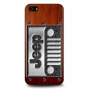 Embossed Steel Jeep Logo On Wood iPhone 5/5s/SE Case