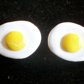 Fried Egg Stud Earrings by moonknightjewels on Etsy