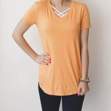 Basic T-Shirt - Peach