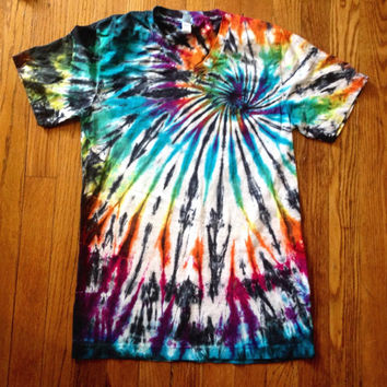Tie Dye Shirt, T-shirt with V-neck
