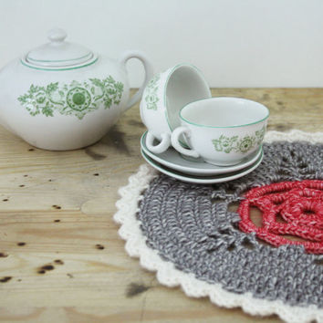 Doily in pink, grey and white, crochet doilie