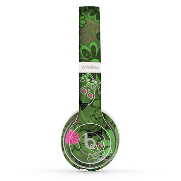 The Green Retro Floral and Skulls Skin Set for the Beats by Dre Solo 2 Wireless Headphones