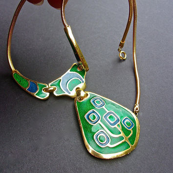 Abstract Modernist Enamel Lavalier Necklace Snake Chain Gold Trim Green Vintage