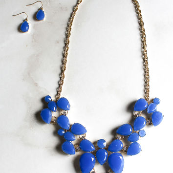 Game Plan Necklace and Earring Set in Blue
