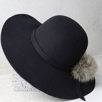Enigmatic Force Black Fur Pompom Hat
