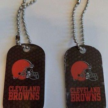 2 NFL Cleveland Browns Logo Dog Tags Key chains backpacks party Gift