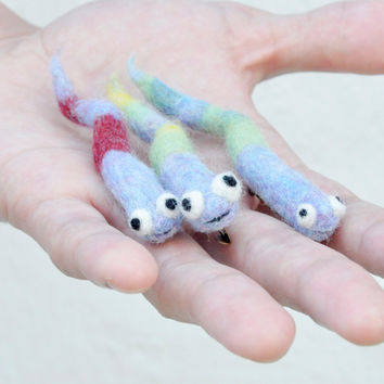 Snake Brooch, Needle felted brooch, Amigurumi snake, playful jewelry, halloween accessory, felt jewelry, children jewelry