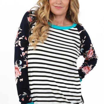 Floral Contrast Tunic | S-XL