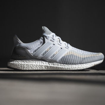 Adidas Ultra Boost - Grey/Off White/White