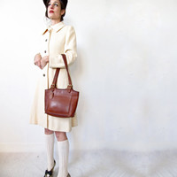 vintage Coach bag. sienna brown leather tote with gold hardware. 80s Coach purse