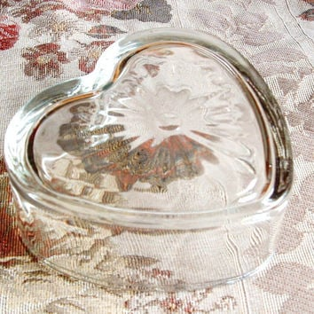Glass Heart Dish // Trinket Dish // Heavy Glass Bowl // Heart Shaped Bowl // Vintage Glass Dish