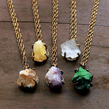 Large semiprecious stones  necklace