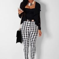 Fitrovia Houndstooth Monochrome Supersoft Leggings | Pink Boutique