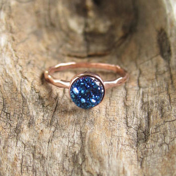 Tiny Blue Druzy Ring Titanium Druzy Quartz Rose Gold Ring Hammered Band