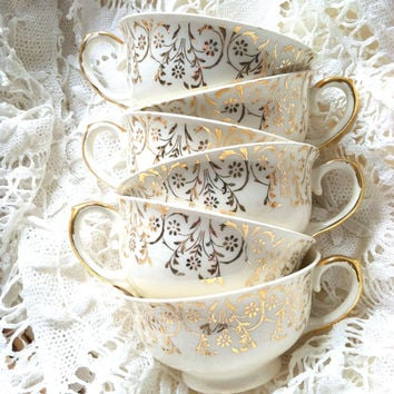 Set of 6 - Vintage Gorgeous Fine China Tea Cups/Party Favors/Bridal Shower Favors/Wedding Favors/Photo Shoot/Staging/Bachlorette Party Gifts