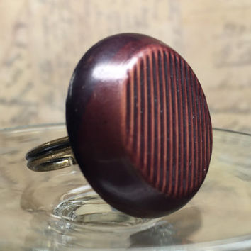 Brown Bakelite Statement Ring - Vintage Bakelite Button - Asymmetrical Carved Button Ring -  Large Ring - Boho Ring - Brown Ring - R25