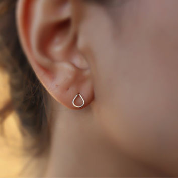 Tiny drop studs, drop stud earrings, tiny studs earrings, gold studs earrings, gold post ,gold earrings, teardrop studs