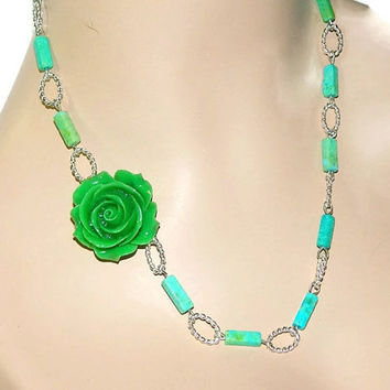 Flower Necklace, Beaded Chain Necklace, Jade Necklace, Green Necklace