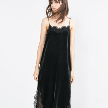 LACE DETAIL VELVET STUDIO DRESS