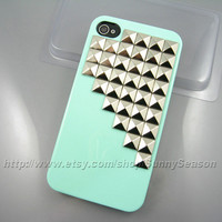 IPhone 4 case,Iphone 4S case,Mint Green Up Corner Studded iPhone 4 Case,Silver Pyramid Studs iPhone Hard Case