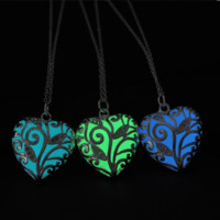 Glow In The Dark Silver Hollow Heart Glowing Stone Necklace