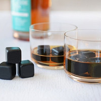 TEROFORMA WHISKY STONES BLACK BEVERAGE CUBES | SET OF 9
