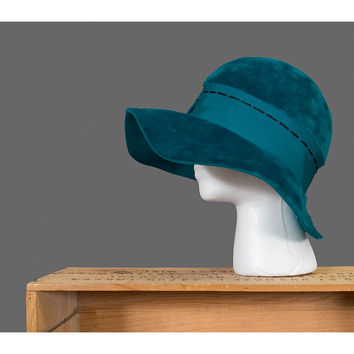 Vintage 1960s Cloche Hat - 60s Mod Floppy Brim Hat with Ribbon Bow by Betmar - Furry Aqua Teal Blue Velvet