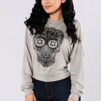 Can't Run From Me Top - Grey