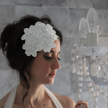 wedding headpiece, vintage bridal headdress, flowers headband, white bridal headband, white headpiece