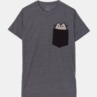 Pocket Pusheen unisex tee