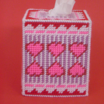 Pink Valentines Hearts Tissue Box Cover Handmade Plastic Canvas Needlecrafts
