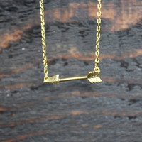 dainty gold arrow necklace