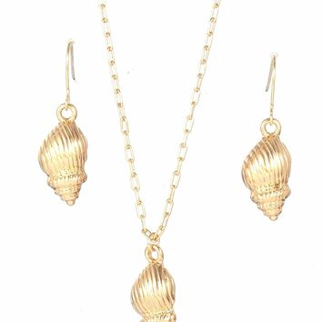 Shell Pendant Necklace & Drop Earrings 3pcs