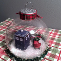 Doctor Who Snowglobe Ornament (The TARDIS, K-9, and Santa's Sled Snow Globe)