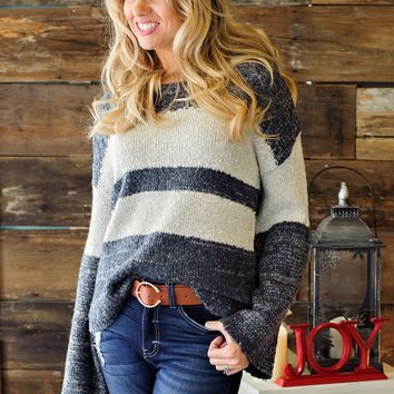 * Playing Games Bell Sleeve Sweater - Heather Navy