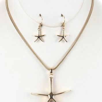 Gold Metal Starfish Pendant Necklace And Earring Set