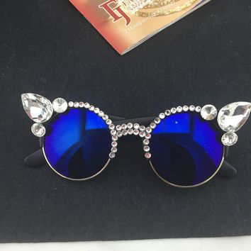 2017 New Vintage Women Girls Crystal Cat Eye Sunglasses Retro Rhinestone Sunglasses Summer Beach Party Glasses Gift