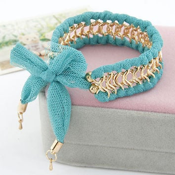 Lady-wearing  Green Fabric All-matching Chain Bracelet, Women's Fashion accessory,Birthday Gifts,Valentine's Day Gift,Party Jewelry 11041270